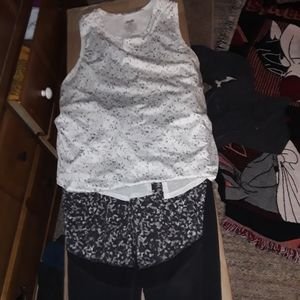 NWOT Athlesuire-wear outfit size Large